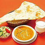 Fセット チキンカレー(Chicken Curry+Naan+Salad)