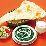 Hセット サグチキンカレー(Saag chicken Curry+Naan+Salad)
