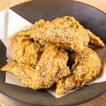 自家製醤油タレ国産手羽先5ピース Domestic Chicken Wings with Homemade Soy Sauce 5 pieces
