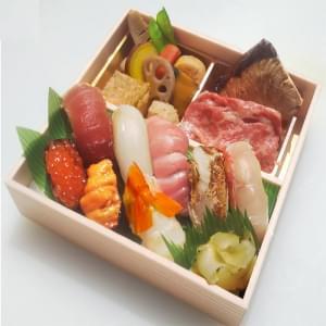 にぎり寿司と和牛すき焼き御膳(表示時間よりお待ちいただくことをあらかじめご了承くださいませ)