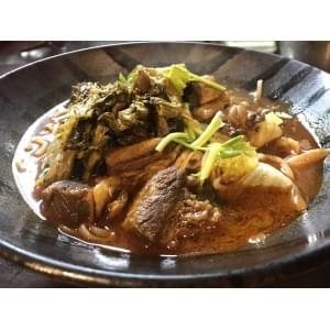 【181】『麻辣牛腩麺』 辛い牛肉 中華麺