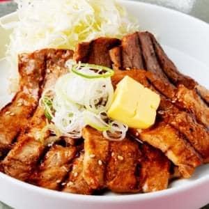 豚肩ロースの味噌バター定食