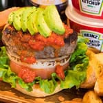 アボカドバーガー Avocado Beef Burger