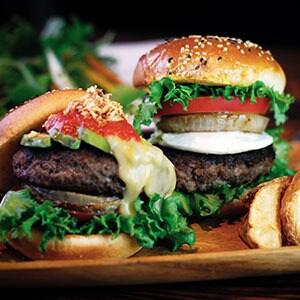 【BC01】アボカドクアトロチーズバーガー Avocado Beef Burger w/ Quattro Cheese BC01