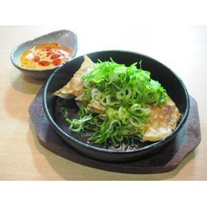 どかネギ辛味噌鉄鍋餃子(6ヶ)