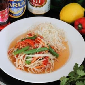 【タイ料理】青パパイヤのサラダ