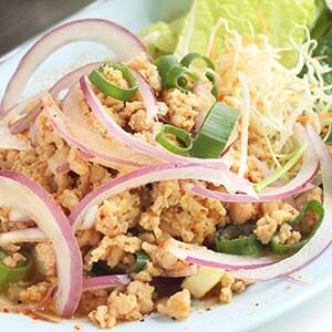 【タイ料理】鶏ミンチのハーブサラダ