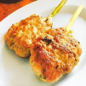 【タイ料理】ハーブ入り鶏つくね焼き