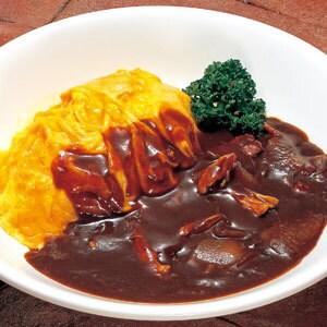 デミグラスソースのレアオムライス(Omelet on butter rice with demi‐glace sauce)
