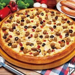 ピザポケット イタリアンソーセージとキノコクリームのピザ