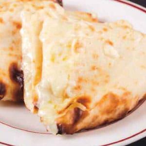 【110】チーズナン/Cheese Nan