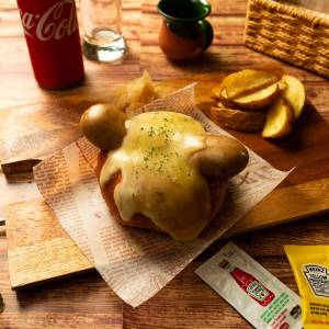 【国際コンテスト】肉汁弾ける粗挽きチーズドッグ【金賞受賞】
