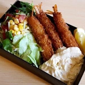 海老フライ3尾とサラダ(サイドメニュー)