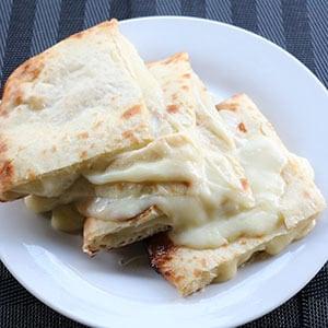 【47】チーズナン/Cheese Nan