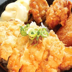チキン南蛮丼(400)(からあげ2個+コロッケ1)