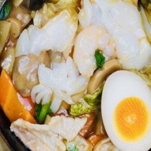 中華刀削麺