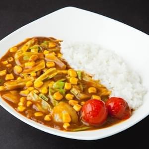 新鮮たっぷり生野菜カレー