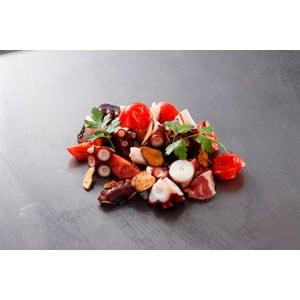 タコとトマトのガーリックソテー Garlic saute of octopus and tomato