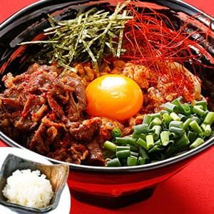 【辛】台湾まぜそば+味付け牛肉+追飯