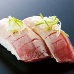 炙り中トロ ROASTED TUNA CHUTORO