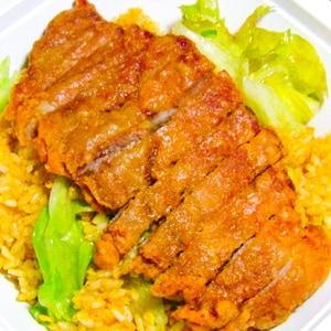 180 バイコーカレーチャーハン(スープ付)