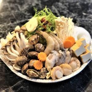 夜食やの海鮮よせ鍋