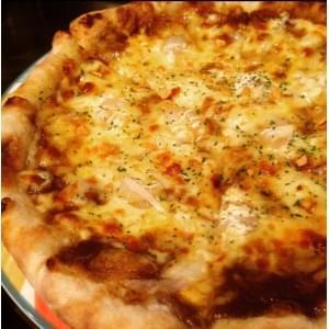 特製カレーと粗挽きソーセージのピザ TIGER MOBILE(タイガーモービル) M