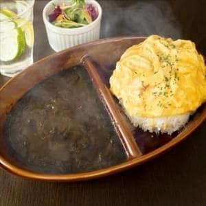 【HK2】とろーりチーズとふわふわ玉子のオムカレー