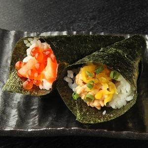 柿家鮨(かきやずし) 手巻き2本セット(納豆・いくら鮭)