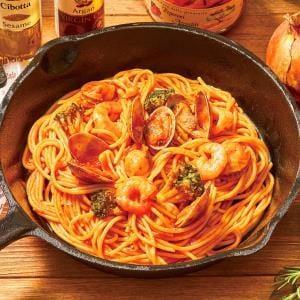 海鮮ペスカトーレ(Tomato sauce spaghetti with Seafood)