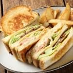 club house (chicken & bacon & avocado with swiss cheese) クラブハウス 【フレンチフライ付】