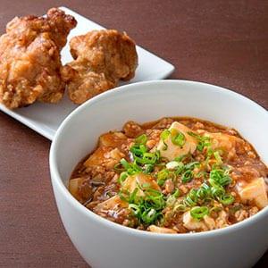 麻婆豆腐丼+唐揚げ2個
