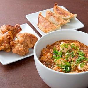 麻婆豆腐丼+餃子3個+唐揚げ2個