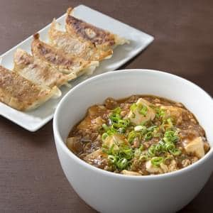 麻婆豆腐丼+餃子5個