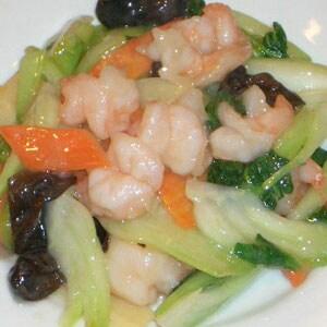 11. 野菜とエビの塩味炒め