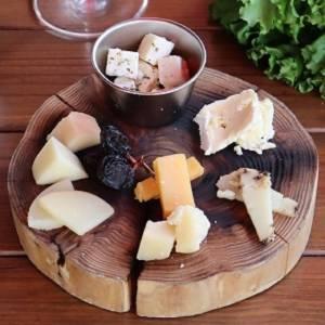 7種チーズの盛り合わせ