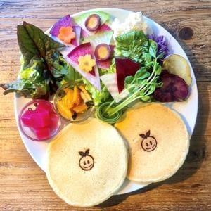 ミールパンケーキ(サラダ&パンケーキ2枚)