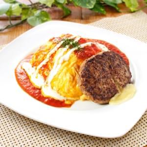 チーズinハンバーグ&トマトソースオムライス