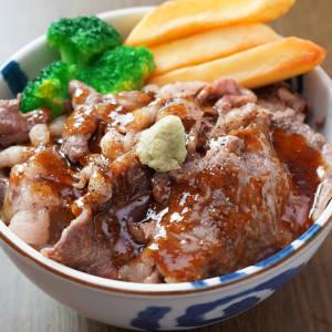国産黒毛和牛 リブロース焼肉丼
