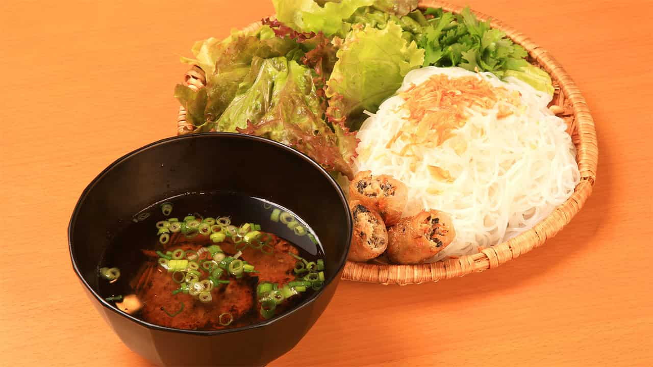 ブンチャー(ハノイ名物 ベトナムのつけ麺)