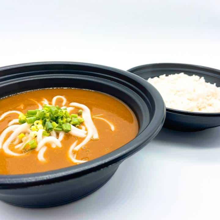 カレー麺の店 TAKUTATSU