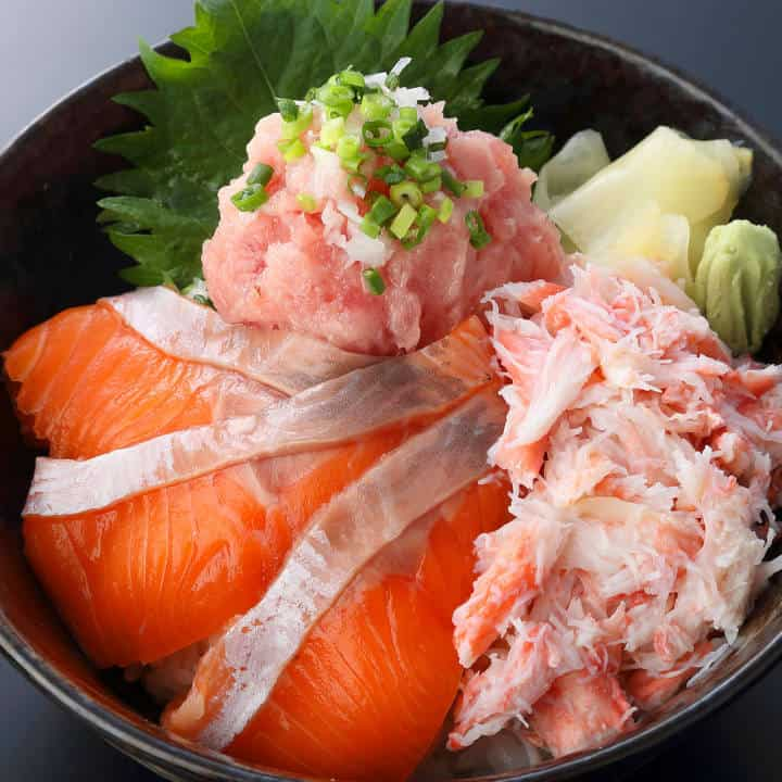 豪華三色丼(1人前)Fresh Salmoncrab & Toro Bowl(1serving)