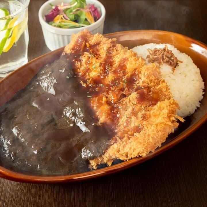 博多黒カレー堂 BistroRYU 平間店