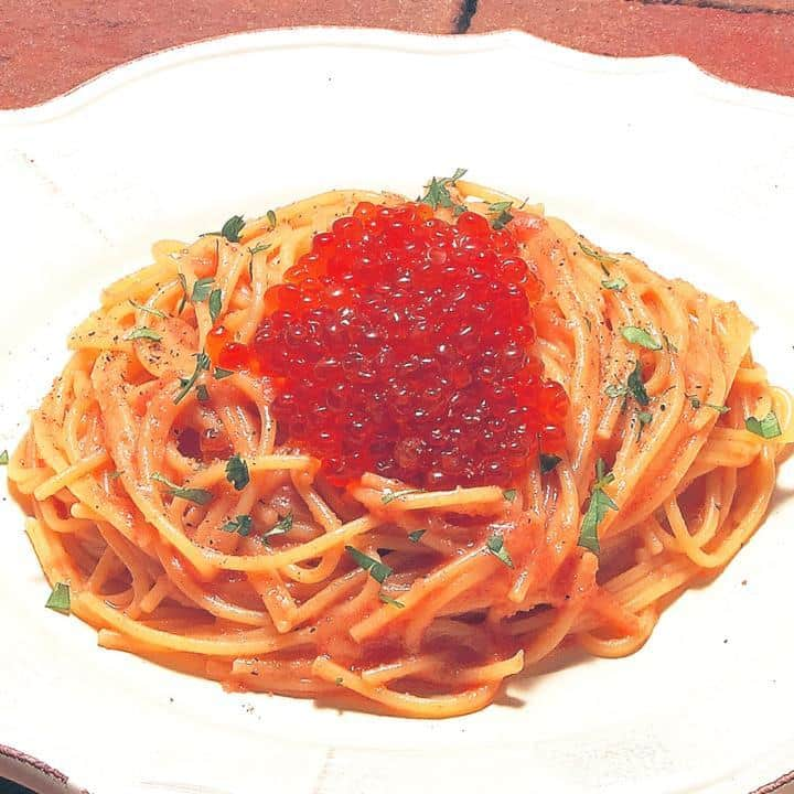 明太子とイクラのバター風味(Butter flavored Spaghetti with Seasoned cod roe and Salted salmon roe)