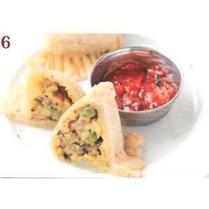 【6】野菜サモサ(2pc)/Vegetable Samosa(2pc)