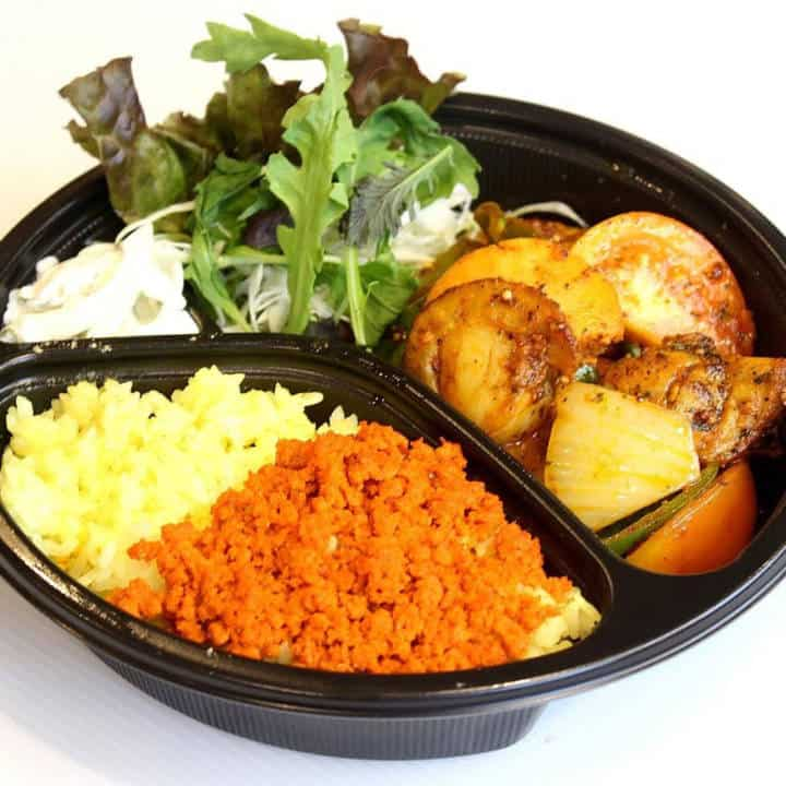 ホタテ・イカのトマト炒め弁当 Stir-fried scallop and squid tomato lunch